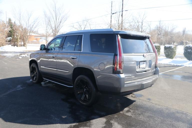 Used 2018 Cadillac ESCALADE LUXURY 2WD W/NAV TV/DVD for sale Sold at Auto Collection in Murfreesboro TN 37130 4