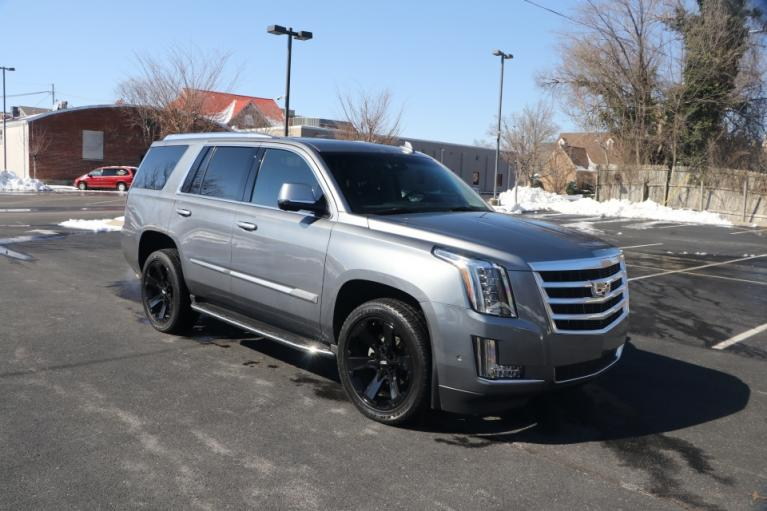Used Used 2018 Cadillac ESCALADE LUXURY 2WD W/NAV TV/DVD ESCALADE LUXURY for sale $56,950 at Auto Collection in Murfreesboro TN