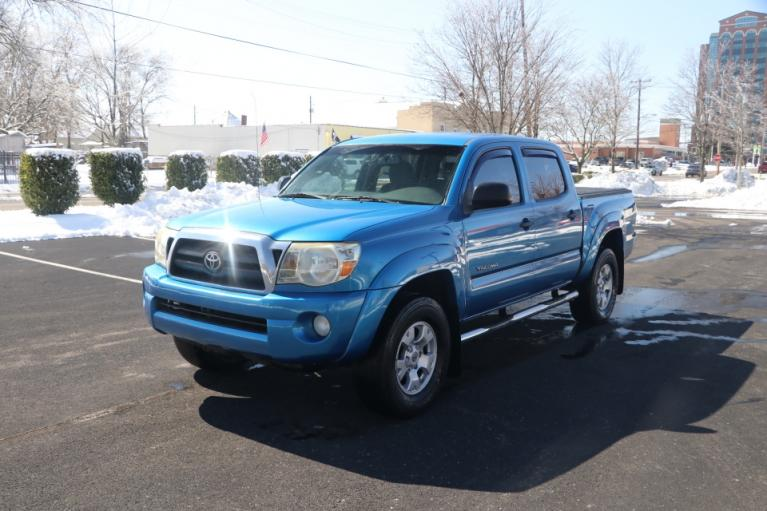 Used 2009 Toyota TACOMA PRERUNNER SR5 DBL CAB RWD for sale $14,950 at Auto Collection in Murfreesboro TN 37130 2