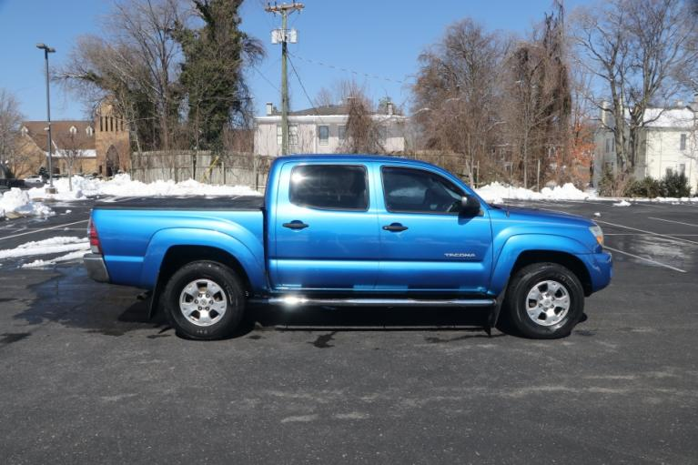 Used 2009 Toyota TACOMA PRERUNNER SR5 DBL CAB RWD PRERUNNER DOUBLE CAB V6 AUTO 2WD for sale $14,950 at Auto Collection in Murfreesboro TN 37130 8