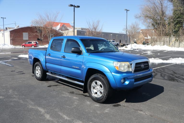 Used Used 2009 Toyota TACOMA PRERUNNER SR5 DBL CAB RWD for sale $14,950 at Auto Collection in Murfreesboro TN