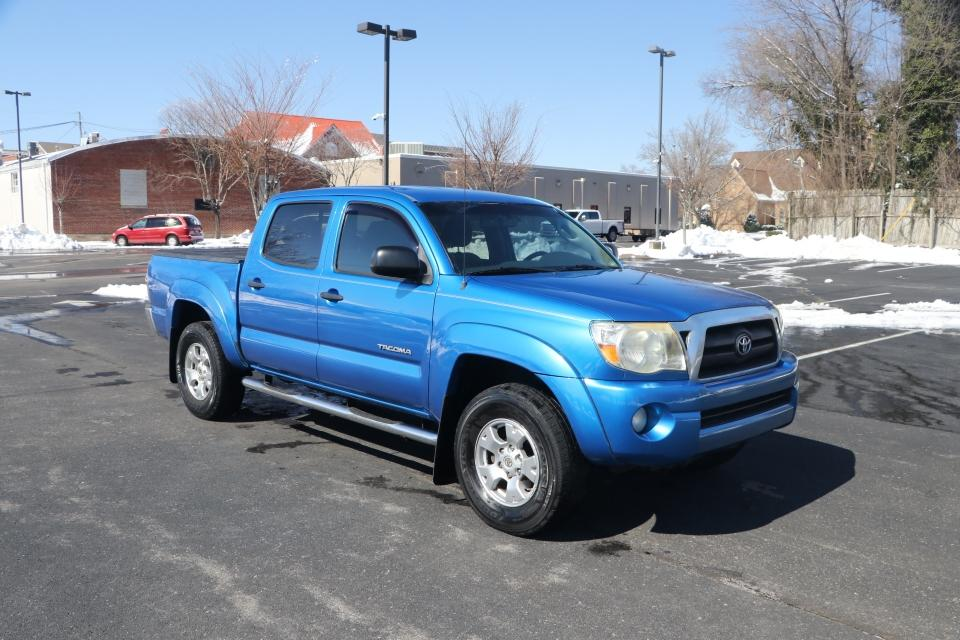 Used 2009 Toyota TACOMA PRERUNNER SR5 DBL CAB RWD PRERUNNER DOUBLE CAB V6 AUTO 2WD for sale $14,950 at Auto Collection in Murfreesboro TN 37130 1