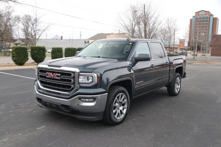 Used 2018 GMC SIERRA 1500 SLE CREW CAB 4X4 for sale Sold at Auto Collection in Murfreesboro TN 37130 2