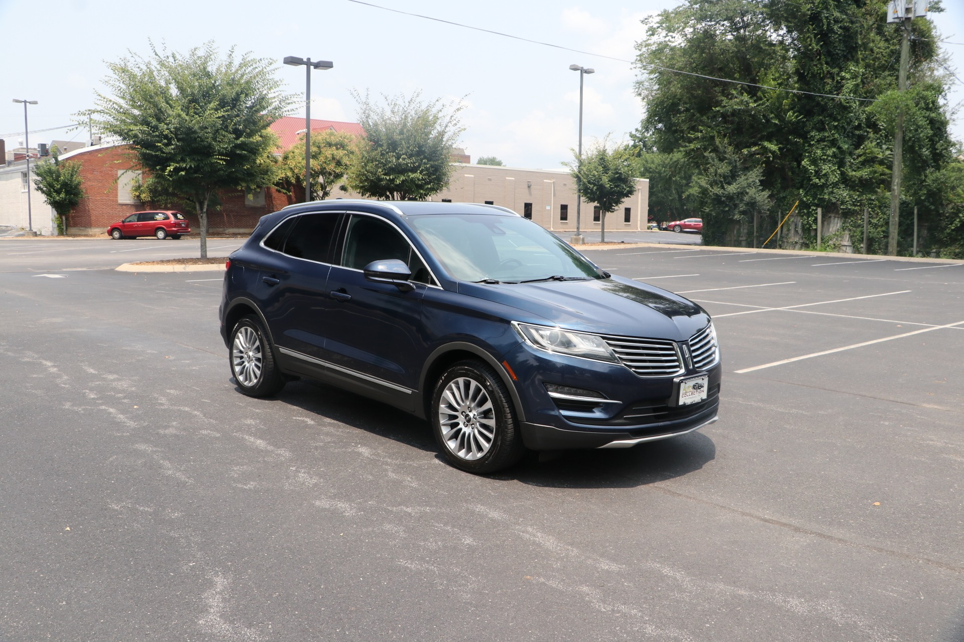 Used 2015 Lincoln MKC AWD W/NAV for sale $16,950 at Auto Collection in Murfreesboro TN 37130 1