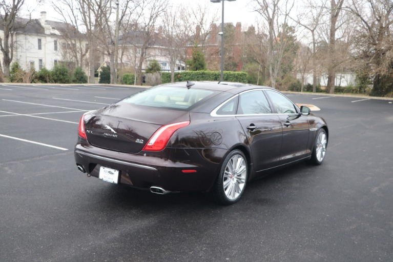 Used 2015 JAGUAR XJ PORTFOLIO PREMIUM EDITION W/NAV for sale Sold at Auto Collection in Murfreesboro TN 37130 3