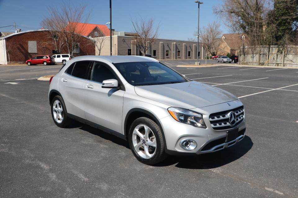 Used 2018 Mercedes-Benz GLA250 4MATIC AWD W/NAV for sale Sold at Auto Collection in Murfreesboro TN 37130 1