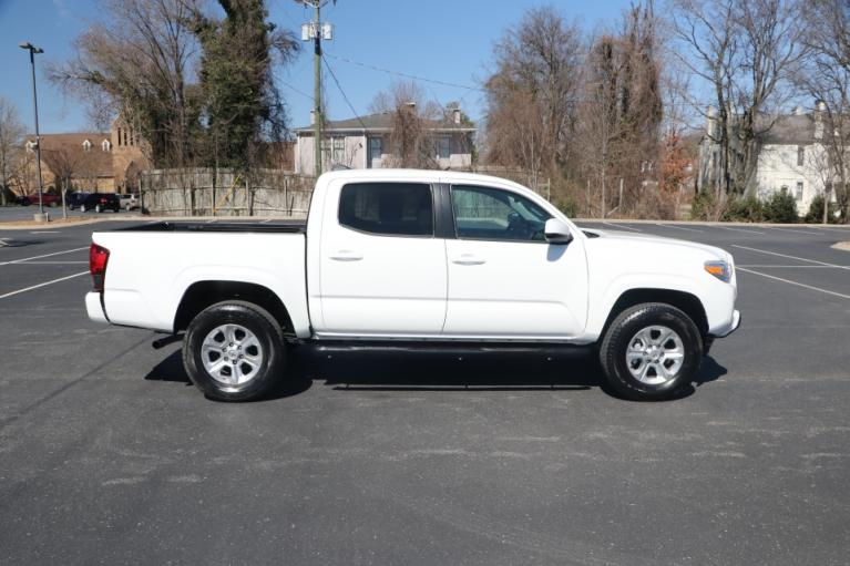 Used 2019 Toyota TACOMA SR5 DOUBLE cab for sale Sold at Auto Collection in Murfreesboro TN 37130 8