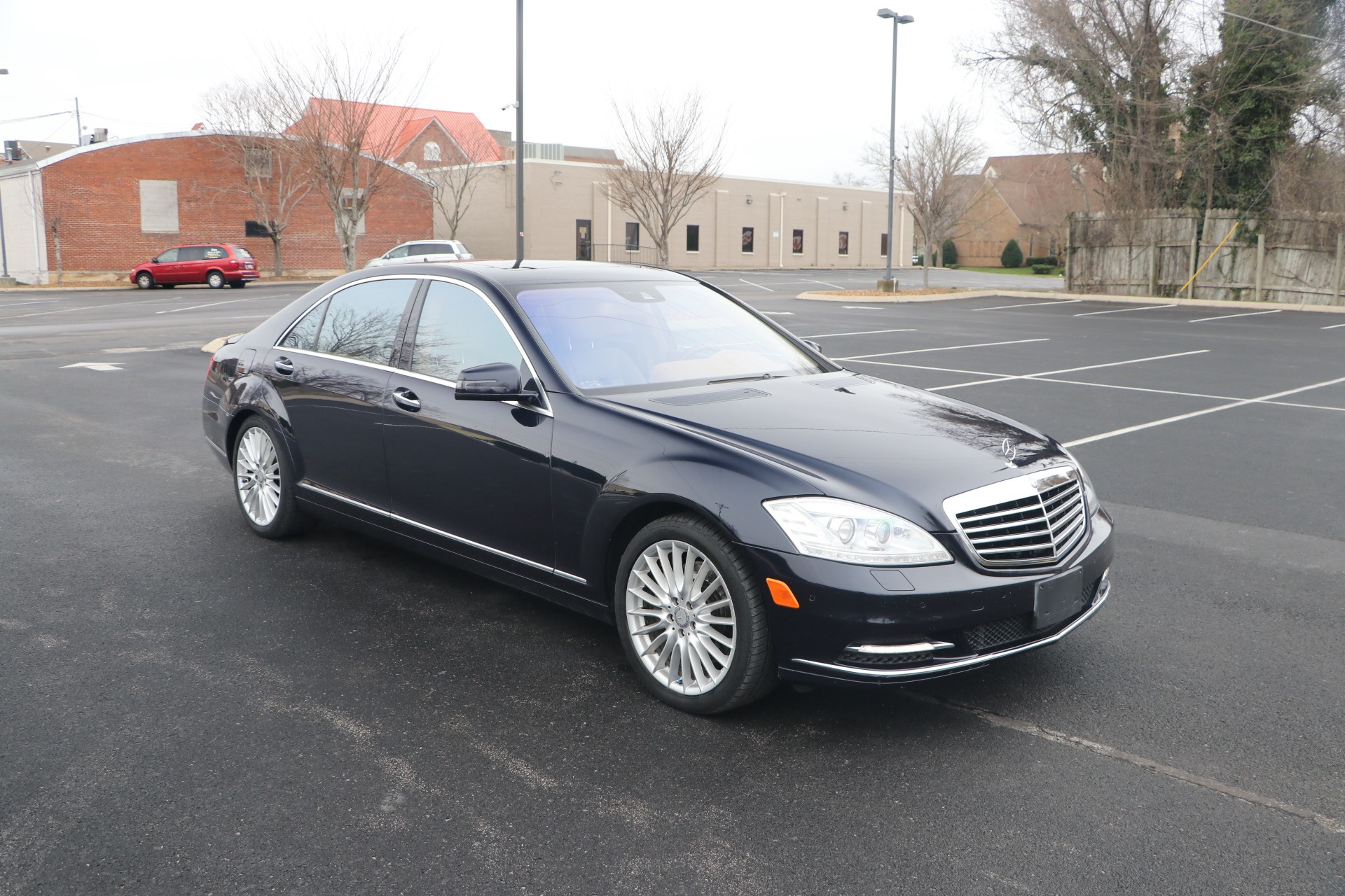 Used 2010 Mercedes-Benz S550 PREMIUM 4MATIC W/NAV for sale Sold at Auto Collection in Murfreesboro TN 37130 1