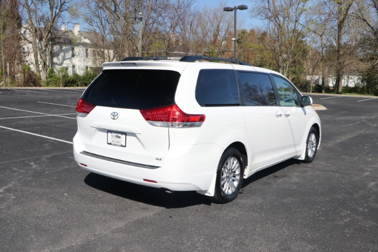 Used 2014 Toyota Sienna XLE FWD 8 PSGR W/NAV for sale Sold at Auto Collection in Murfreesboro TN 37130 3