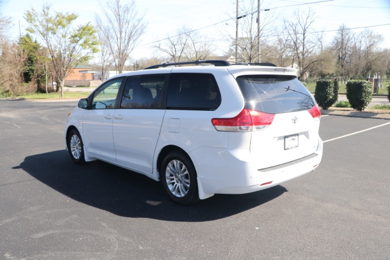 Used 2014 Toyota Sienna XLE FWD 8 PSGR W/NAV for sale Sold at Auto Collection in Murfreesboro TN 37130 4