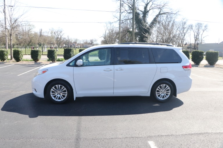 Used 2014 Toyota Sienna XLE FWD 8 PSGR W/NAV for sale Sold at Auto Collection in Murfreesboro TN 37130 7