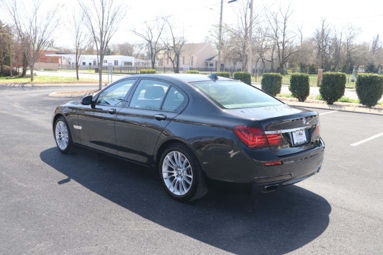 Used 2015 BMW 750I EXECUTIVE W NAV for sale $31,950 at Auto Collection in Murfreesboro TN 37130 4