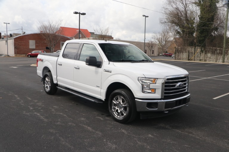 Used 2017 Ford F-150 XLT SUPERCREW 4X4 W/NAV for sale Sold at Auto Collection in Murfreesboro TN 37130 1