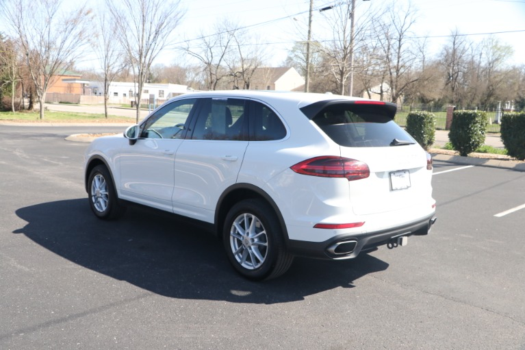 Used 2018 Porsche Cayenne PREMIUM AWD W/NAV for sale Sold at Auto Collection in Murfreesboro TN 37130 4