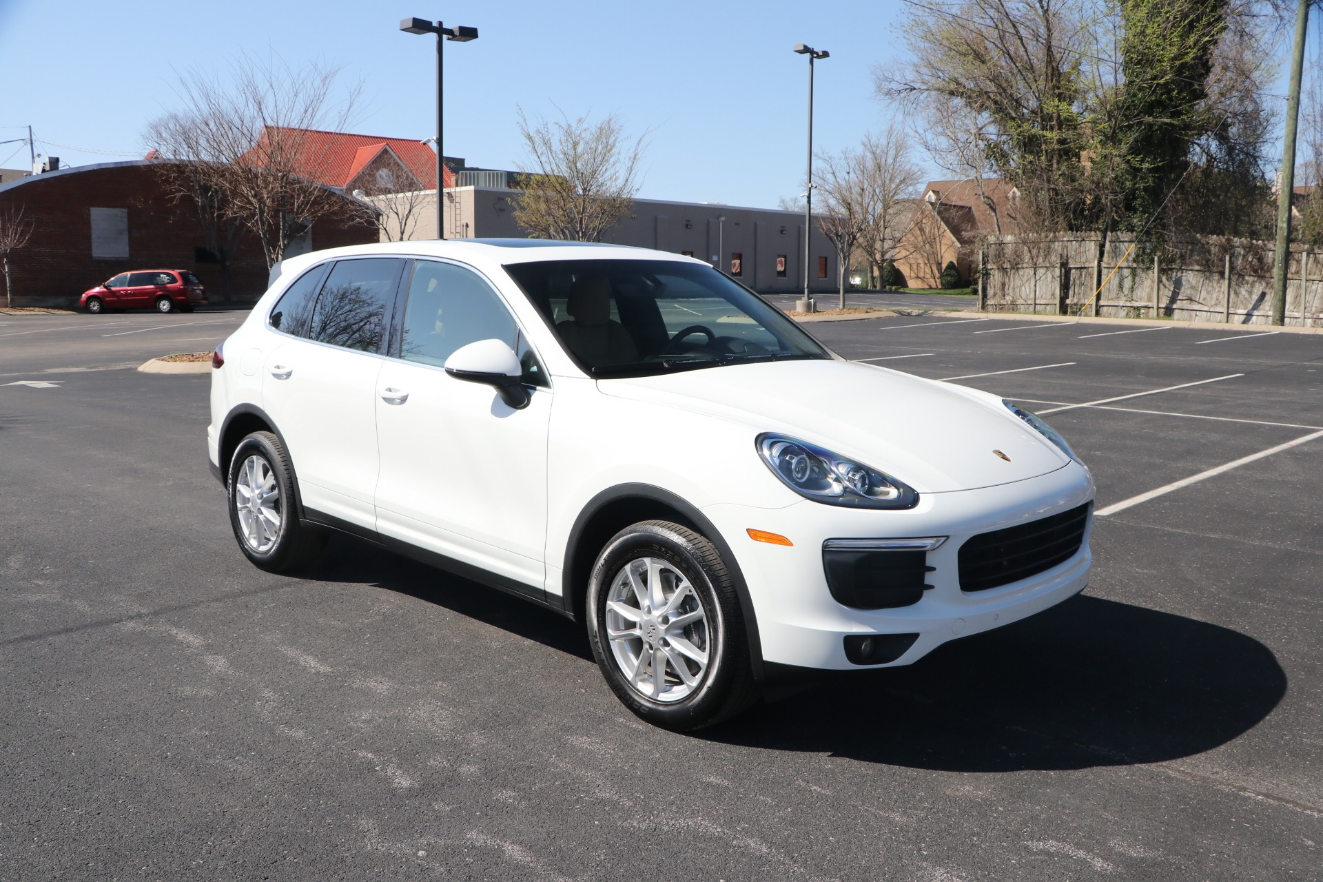 Used 2018 Porsche Cayenne PREMIUM AWD W/NAV for sale Sold at Auto Collection in Murfreesboro TN 37130 1