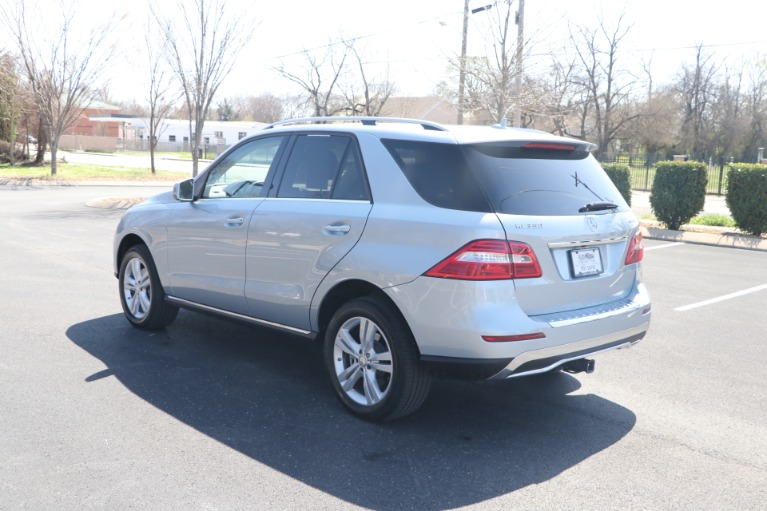 Used 2015 Mercedes-Benz ML 350 4MATIC PREMIUM W/NAV for sale Sold at Auto Collection in Murfreesboro TN 37130 4
