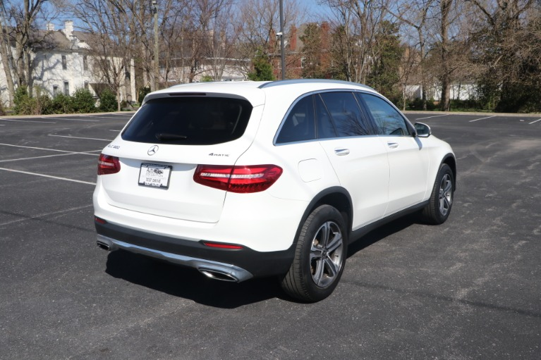 Used 2018 Mercedes-Benz GLC 300 4MATIC W/NAV for sale Sold at Auto Collection in Murfreesboro TN 37130 3