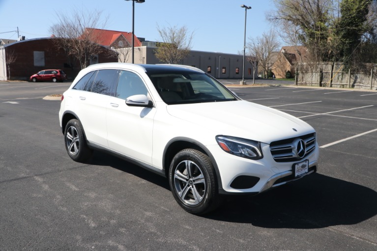Used 2018 Mercedes-Benz GLC 300 4MATIC W/NAV for sale Sold at Auto Collection in Murfreesboro TN 37130 1