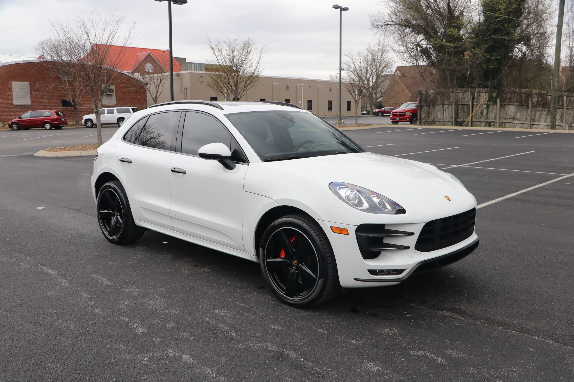 Used 2017 Porsche Macan TURBO AWD W/NAV for sale Sold at Auto Collection in Murfreesboro TN 37130 1