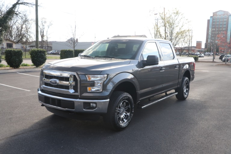 Used 2017 Ford F-150 XLT SUPERCREW 4X4 ECOBOOST for sale $29,950 at Auto Collection in Murfreesboro TN 37130 2