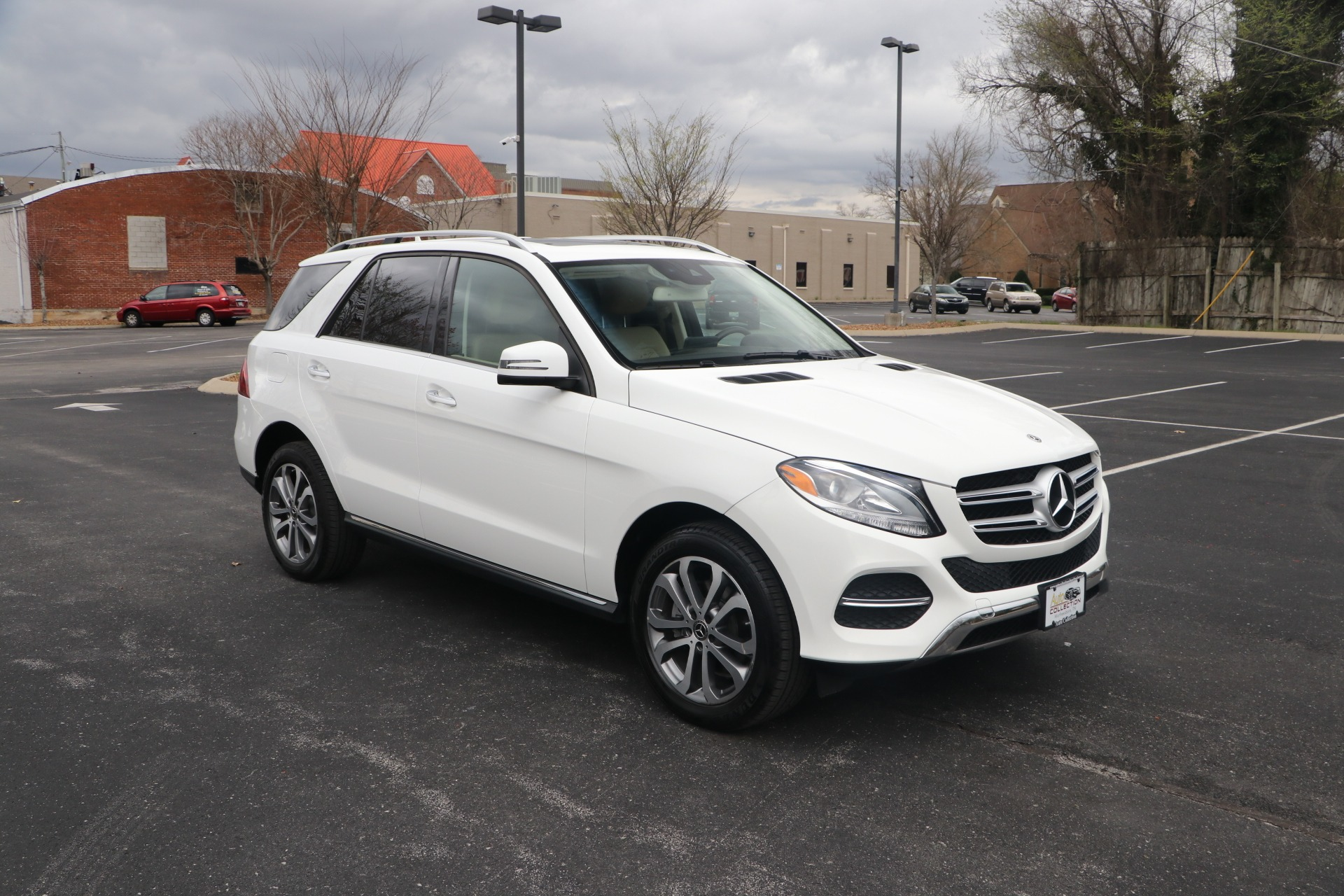 Used 2018 Mercedes-Benz GLE 350 PREMIUM 4MATIC W/NAV for sale Sold at Auto Collection in Murfreesboro TN 37130 1