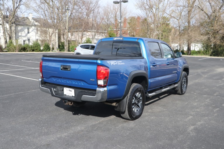 Used 2017 Toyota Tacoma TRD OFFROAD 4X2 for sale Sold at Auto Collection in Murfreesboro TN 37130 3