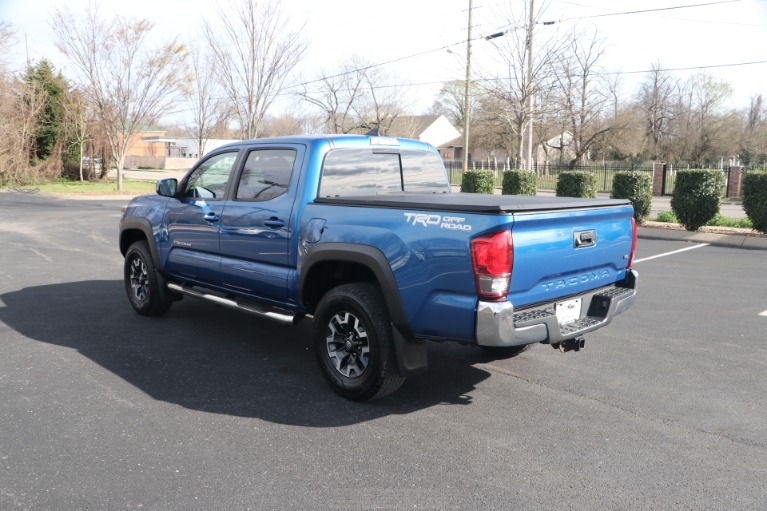 Used 2017 Toyota Tacoma TRD OFFROAD 4X2 for sale Sold at Auto Collection in Murfreesboro TN 37130 4