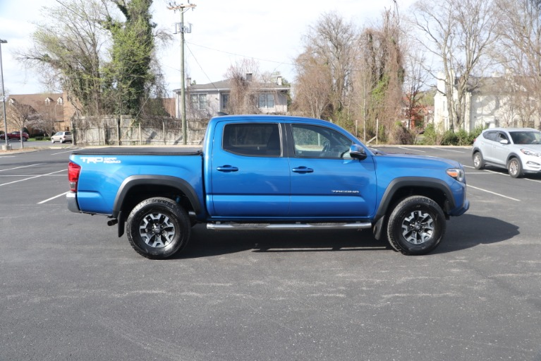 Used 2017 Toyota Tacoma TRD OFFROAD 4X2 for sale Sold at Auto Collection in Murfreesboro TN 37130 8
