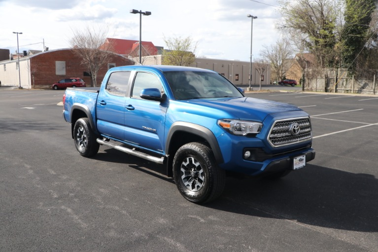 Used 2017 Toyota Tacoma TRD OFFROAD 4X2 for sale Sold at Auto Collection in Murfreesboro TN 37130 1
