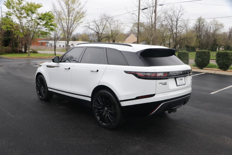Used 2018 Land Rover Range Rover VELAR DYNAMIC SE W/NAV for sale Sold at Auto Collection in Murfreesboro TN 37130 4