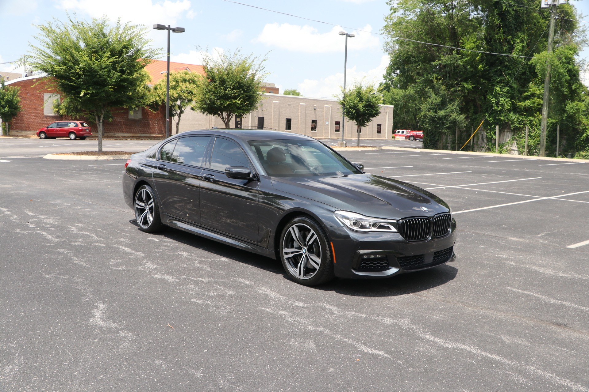 Used 2018 BMW 750I M SPORT PKG EXECUTIVE RWD W/NAV for sale $59,950 at Auto Collection in Murfreesboro TN 37130 1