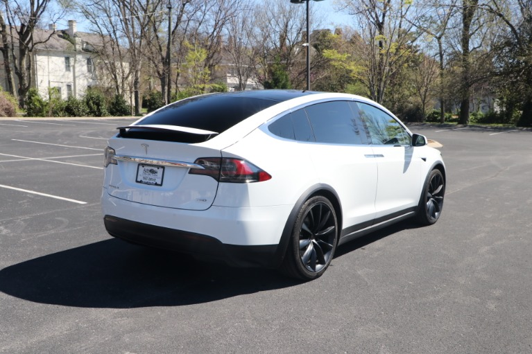 Used 2018 Tesla Model X 75D FULL SELF DRIVING W/NAV for sale Sold at Auto Collection in Murfreesboro TN 37130 3