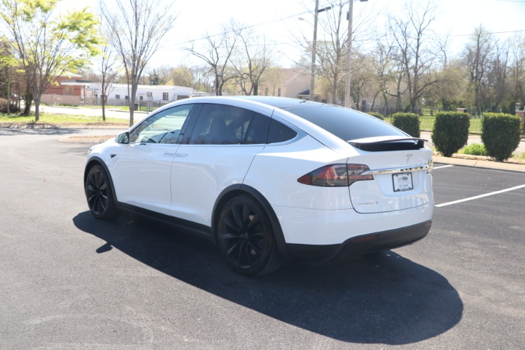 Used 2018 Tesla Model X 75D FULL SELF DRIVING W/NAV for sale Sold at Auto Collection in Murfreesboro TN 37130 4