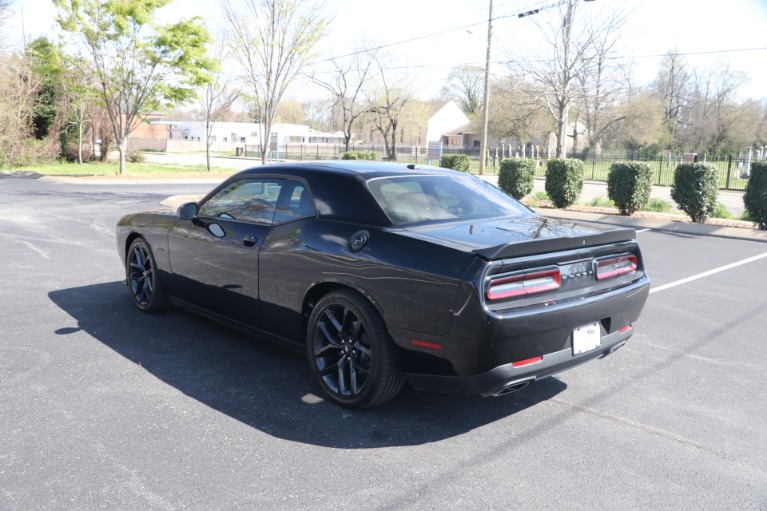 Used 2019 Dodge Challenger R/T BLACK TOP W/NAV for sale Sold at Auto Collection in Murfreesboro TN 37130 4