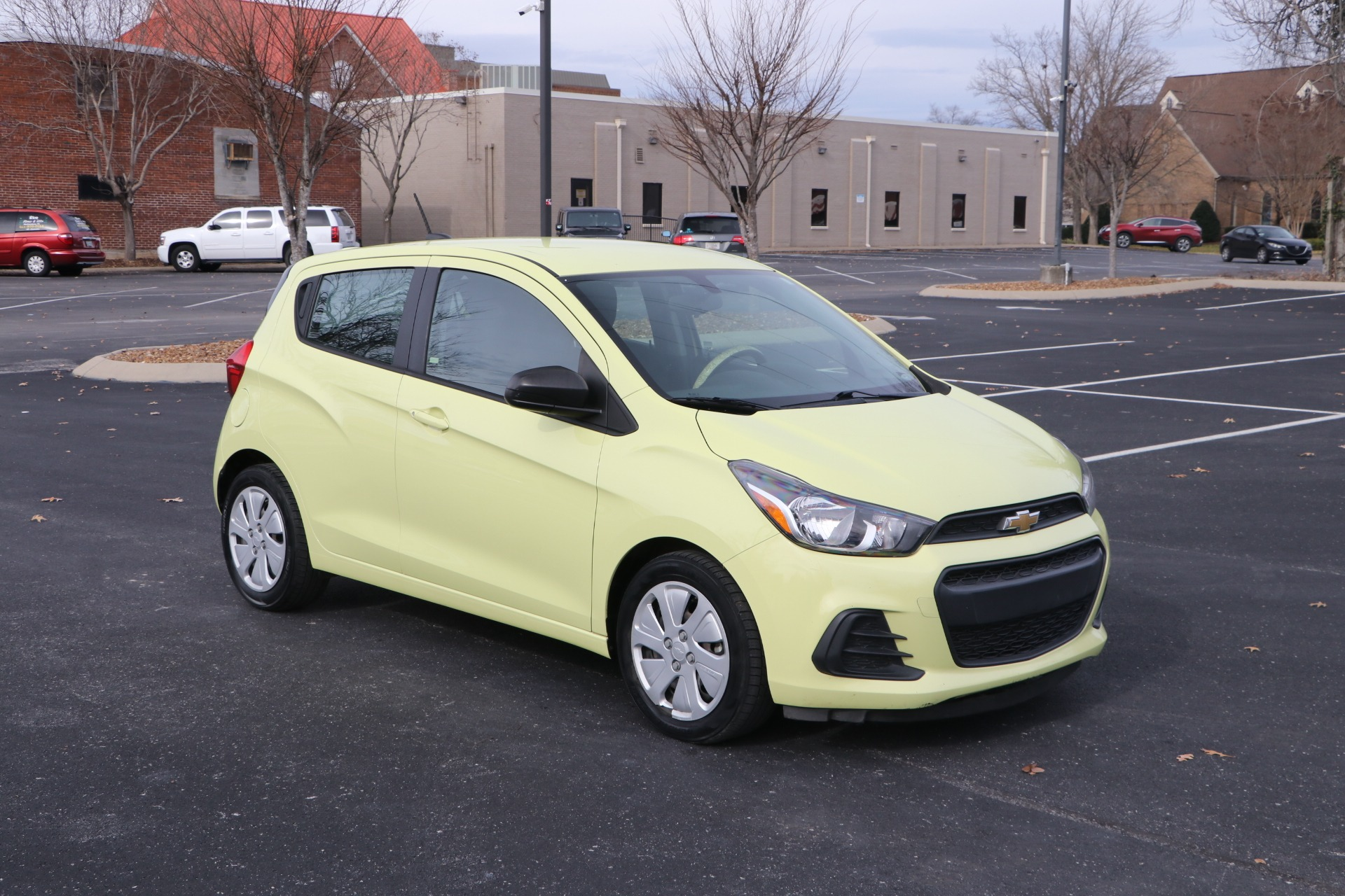 Used 2017 Chevrolet Spark LS 5DR HB for sale Sold at Auto Collection in Murfreesboro TN 37130 1