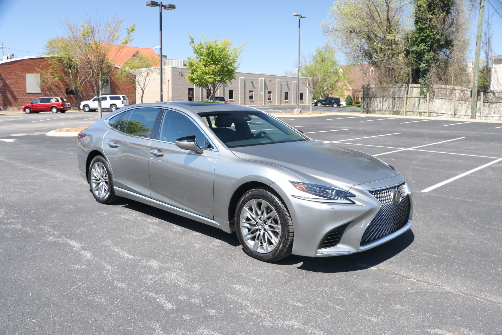 Used 2018 Lexus LS 500 AWD W/NAV for sale Sold at Auto Collection in Murfreesboro TN 37130 1