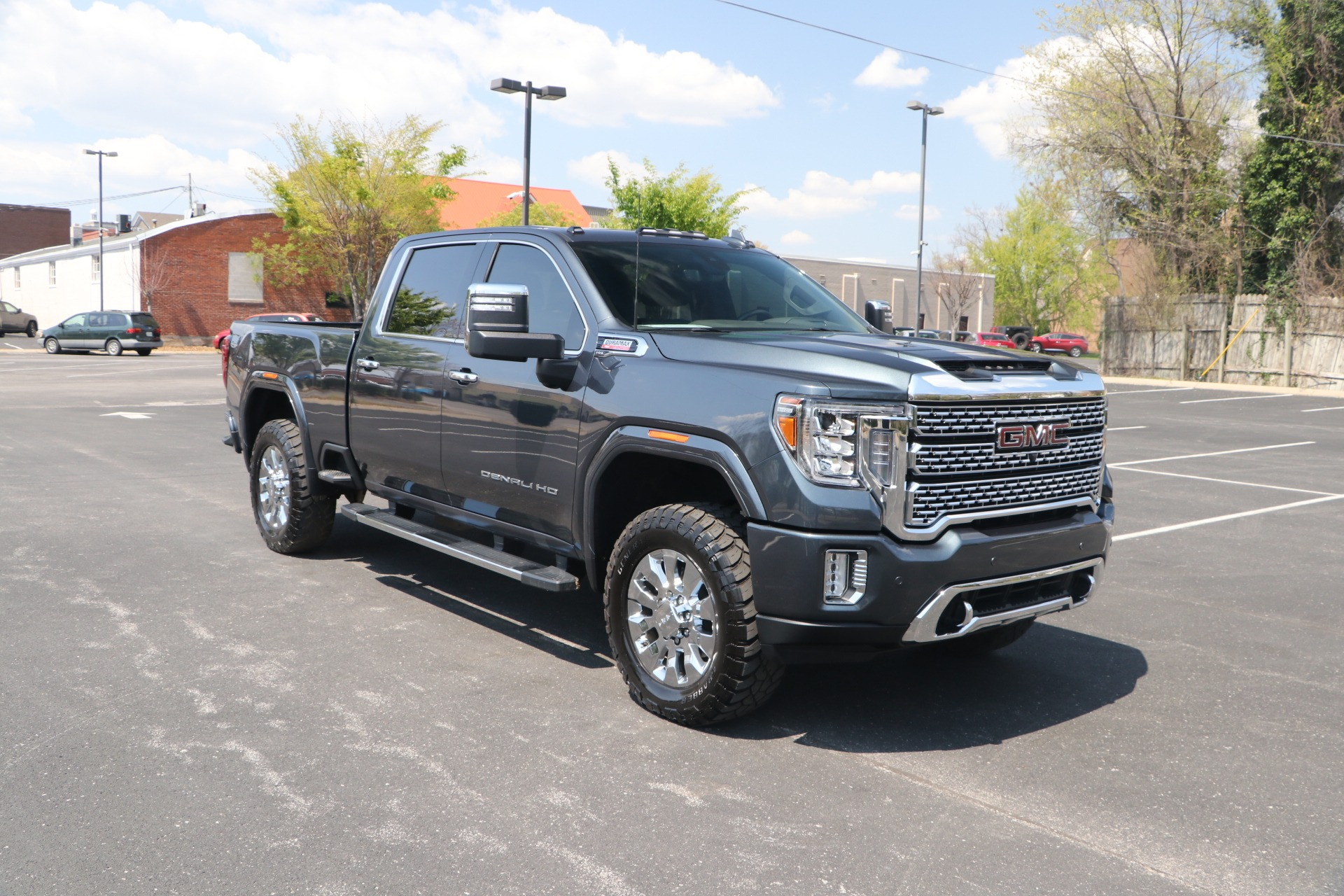 Used 2020 GMC Sierra 2500HD DENALI CREW CAB 4WD for sale Sold at Auto Collection in Murfreesboro TN 37130 1
