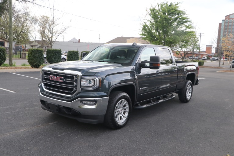 Used 2017 GMC Sierra 1500 SLE CREW CAB 4WD for sale $35,950 at Auto Collection in Murfreesboro TN 37130 2