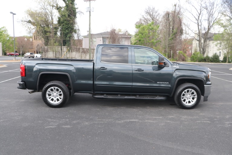 Used 2017 GMC Sierra 1500 SLE CREW CAB 4WD for sale $35,950 at Auto Collection in Murfreesboro TN 37130 8