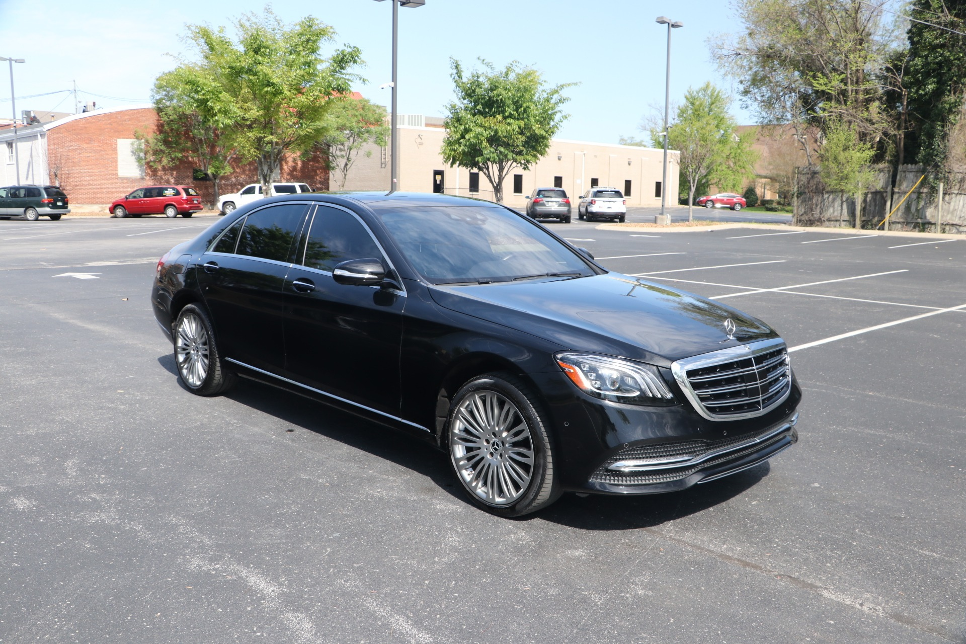 Used 2020 Mercedes-Benz S560 PREMIUM RWD W/NAV for sale $89,950 at Auto Collection in Murfreesboro TN 37130 1
