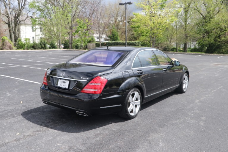 Used 2011 Mercedes-Benz S550 4MATIC PREMIUM W/NAV for sale Sold at Auto Collection in Murfreesboro TN 37130 3