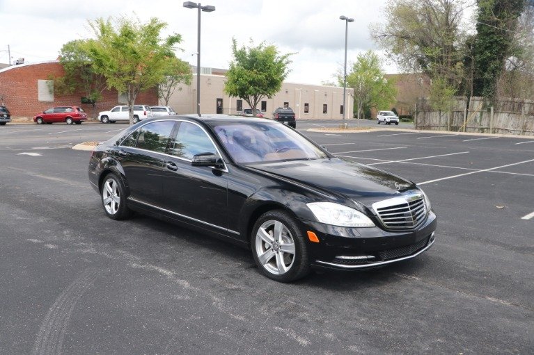 Used 2011 Mercedes-Benz S550 4MATIC PREMIUM W/NAV for sale Sold at Auto Collection in Murfreesboro TN 37130 1
