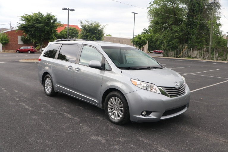 Used Used 2011 Toyota Sienna XLE 8 PSGR FWD W/REAR ENTERTAINMENT for sale $14,950 at Auto Collection in Murfreesboro TN