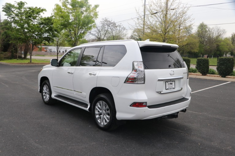 Used 2017 Lexus GX 460 PREMIUM AWD W/NAV for sale Sold at Auto Collection in Murfreesboro TN 37130 4