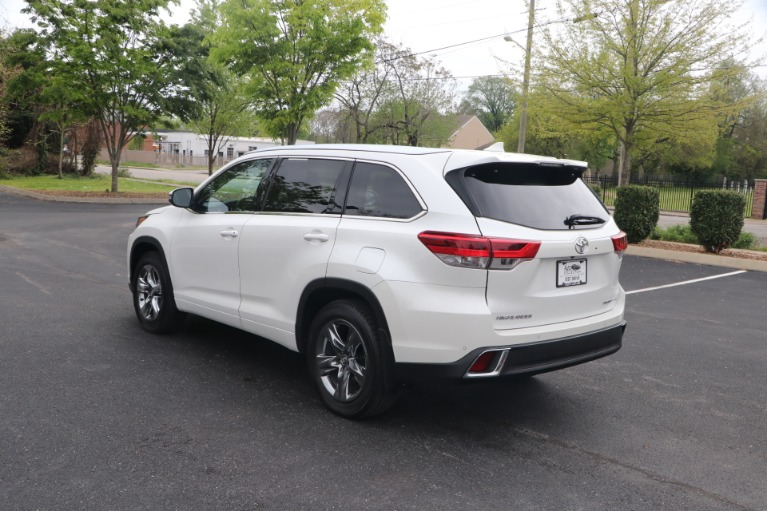 Used 2018 Toyota Highlander LIMITED PLATINUM AWD W/NAV for sale Sold at Auto Collection in Murfreesboro TN 37130 4
