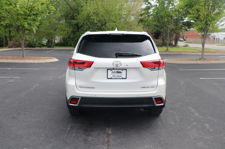 Used 2018 Toyota Highlander LIMITED PLATINUM AWD W/NAV for sale Sold at Auto Collection in Murfreesboro TN 37130 6