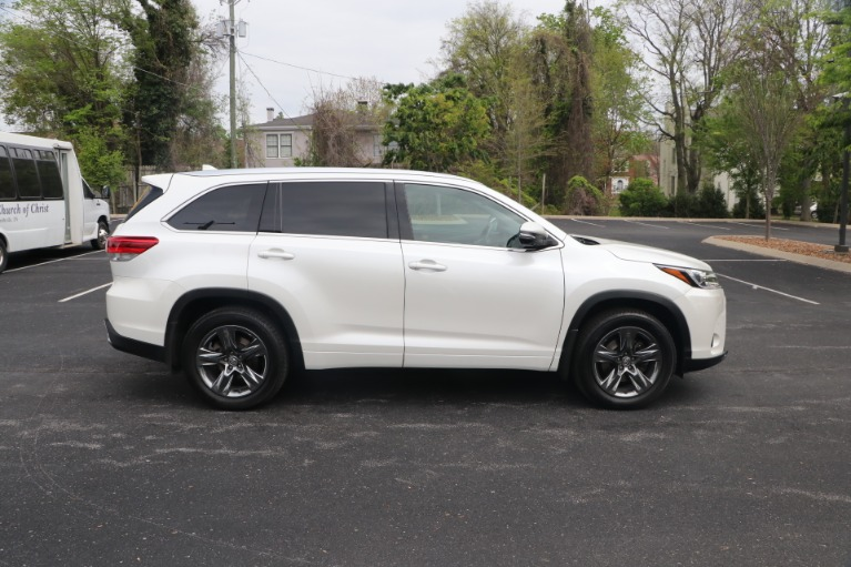 Used 2018 Toyota Highlander LIMITED PLATINUM AWD W/NAV for sale Sold at Auto Collection in Murfreesboro TN 37130 8