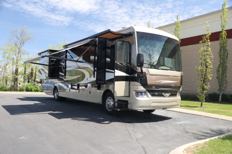 Used 2016 FREIGHTLINER pacearrow MOTORHOME for sale $167,950 at Auto Collection in Murfreesboro TN 37130 2