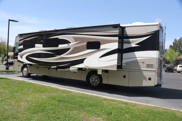 Used 2016 FREIGHTLINER pacearrow MOTORHOME for sale $167,950 at Auto Collection in Murfreesboro TN 37130 7