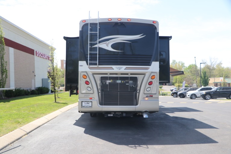 Used 2016 FREIGHTLINER pacearrow MOTORHOME for sale $167,950 at Auto Collection in Murfreesboro TN 37130 8